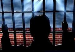Foto deixada em local de crime acusa criminoso