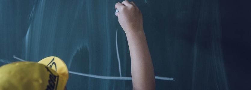Resultado de imagem para Pagamento de mensalidade escolar pode ser descontado de pensão alimentícia