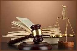 Suspensa multa imposta a advogado por suposto abandono de júri