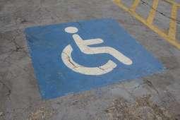 Universidade terá que fazer obras de adaptação para deficientes