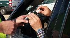 TJ manda devolver CNH a motorista flagrado em teste do bafômetro